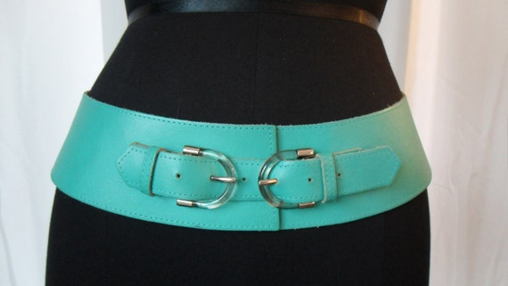 "70s minty green Creation Alrez (FRANCE) corset style leather hip belt with lucite buckles : 31-34"" US MED"