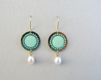 Turquoise dangle earrings, freshwater pearl  and gold hammered disk-Colors of fashion  2016.Gold-filled earwire