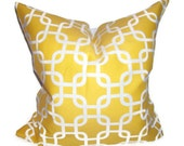 Pillow.Yellow.ONE 12x16 inch Decorator Pillow Cover.Chain Link.Yellow White Gatework