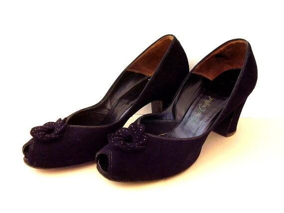 Vintage Peep Toe Shoes Black Suede Pumps 1940's Pin Up Era
