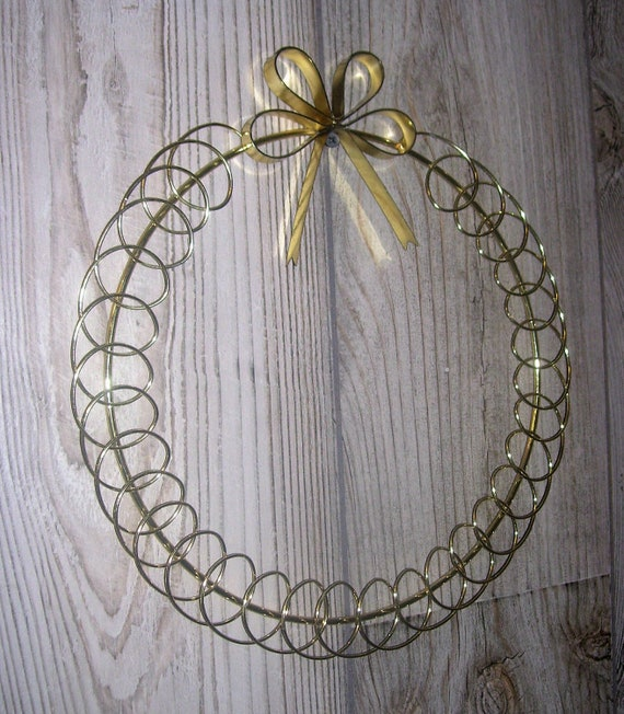card holder wreath with bow wire christmas card note picture