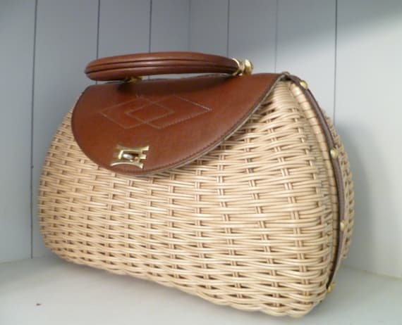 Vintage Purse  Leather and Wicker  Camera Bag  Handbag Cosmetologist Bag