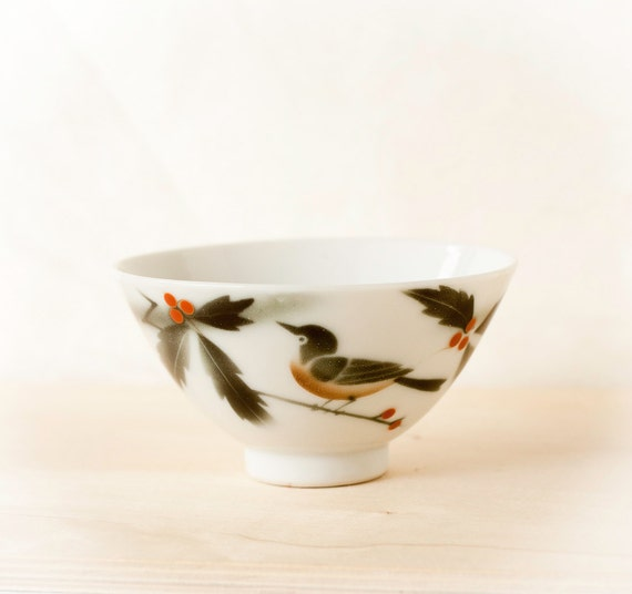 Vintage Rice Bowl Chawan, Red Robin Bird on Holly Branch