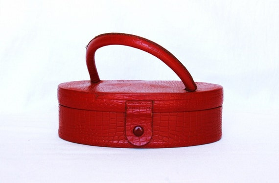 Red French handbag, sewing box, antique sewing basket, craft room sewing kit, haberdashery sewing decor, box purse, red bag, jewelry box