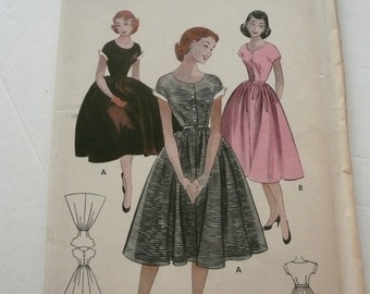 Vintage Butterick Pattern 6948   Scoop Neck Full Skirt Dress Teen Age Size 16