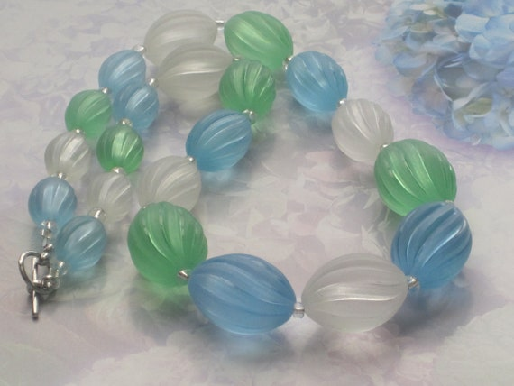 """Chunky Summer Green Blue White Necklace 20"""""""