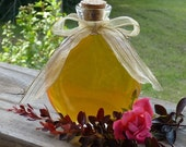 7oz Jar of Honey Antique Style Oval Jar Raw Tennessee Wildflower Unfiltered Honey Unique Gift Wedding Favor Housewarming Gift Keepsake
