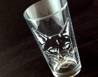 Foxy Fox Head Etched Pint Glass Tumbler