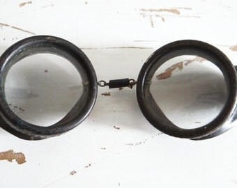 Vintage aviation goggles, motorcycle,  WWI era , made in USA, circa 1910