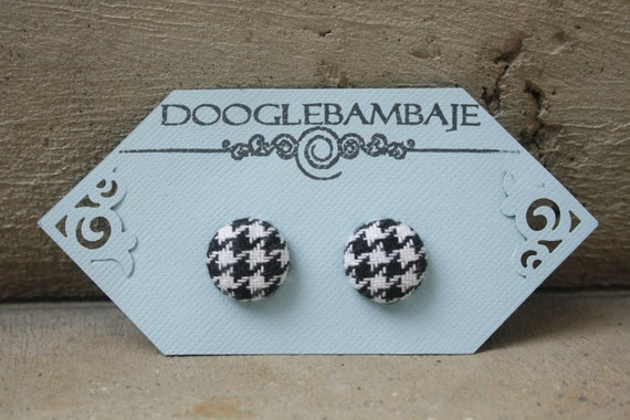 Classy Houndstooth Design- Black & White Houndstooth Tight Weave Fabric Button Earrings- Wedding Bridesmaids- Classy Line