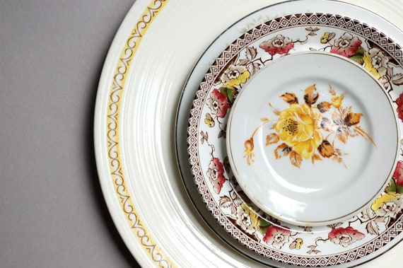Instant Collection of 5 Vintage Plates in Yellows, Brown, and Floral
