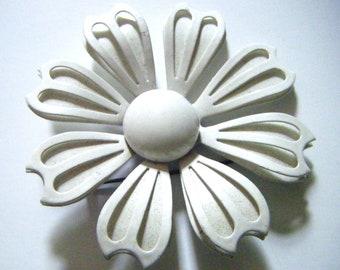 1960's White Enameled Flower Power Brooch Pin
