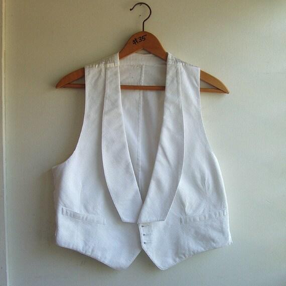 antique mens vest c1910s Raleigh Haberdasher Washington white cotton waistcoat