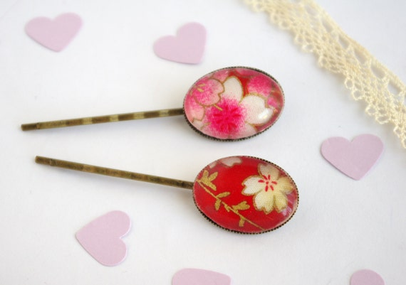 Bobby Pin Red Japanese Flower hair pin oval cameo