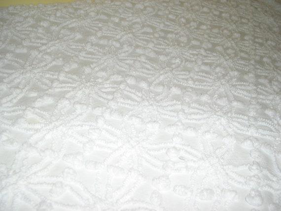 Bright White Vintage Chenille Bedspread Full Bed Spread