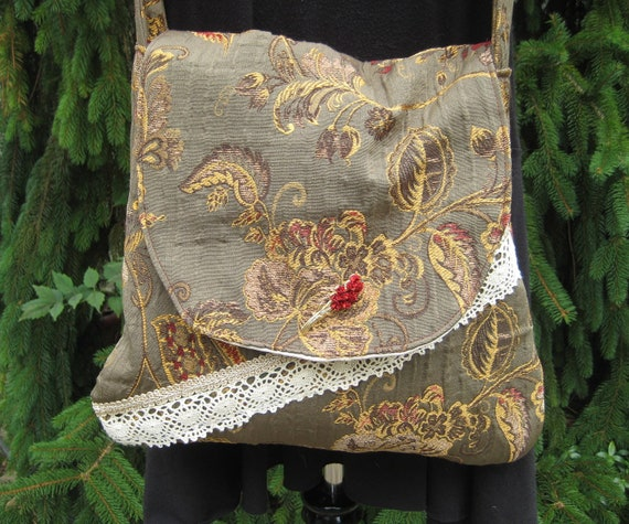 Sale, Bohemian Embroidered Bag and Purse, Crossbody Gypsy Purse Hippie Carpetbag