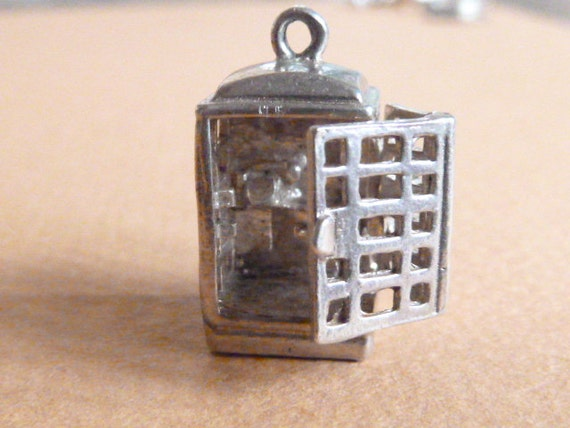 Mechanical Vintage English Sterling  Silver charm  Telephone Box OPENS Telephone Inside bracelet charm old Pendant Jewelry