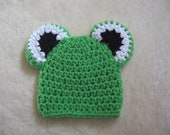 Crochet Frog BEANIE- Newborn