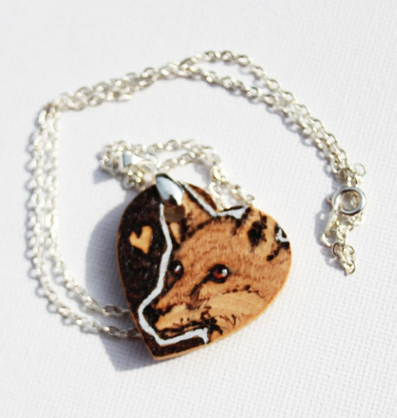 Pyrography - Fox heart love pendant (silver plated)