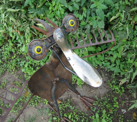 """Bogie- """"Here's Looking at You, Kid""""- One of a Kind Metal Sculpture from Antique, Vintage and Salvaged Metal- Yard Bird- Garden Sculpture"""