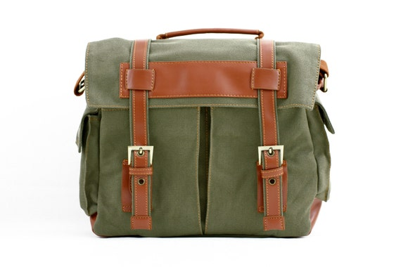 C101 Green Canvas Camera Bag w/ Shoulder Strap