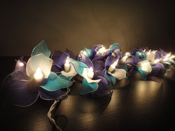 20 Blue Sky Orchid Flower Fairy String Lights by marwincraft