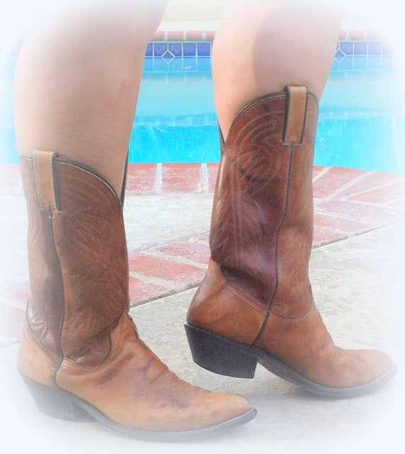 Awesome Vintage Wrangler Brown COWBOY Leather Boots size 8 D or COWGIRL size 9.5 Made in USA Model 5264 102075