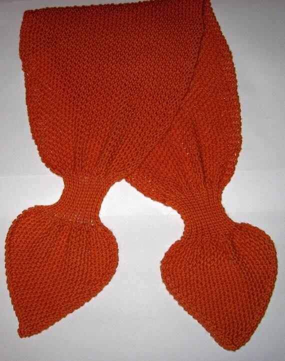 Keyhole Scarflette Knitting Pattern : Textured Knit Keyhole Scarf Pattern - MOSS STITCH Keyhole Scarflette Knitting...