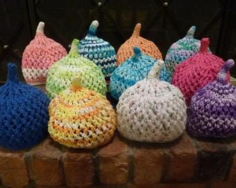 Cotton handmade beanie hat by Mila