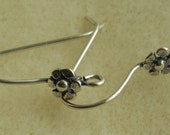 1 Pair (2 pieces), 925 Sterling Silver French Hook Ear Wire, with Flower