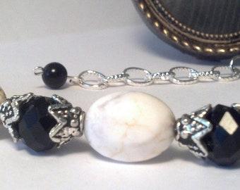 Elegant Howlite Stone Bracelet, Howlite Stone Bracelet, White and Black Bracelet, Elegant Bracelet