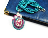 Soutache Necklace. Hand Embroidered Neckace. Turquoise necklace. Magenta butterfly.