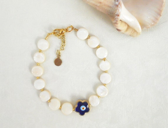 Bracelet with mother of pearl and evil eye - white bracelet