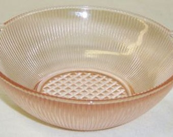 Jeannette Glass Pink HOMESPUN Fine Rib 4 1/2 Inch Closed Handle Berry Bowl