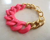 NEW Large pink and gold chain bracelet