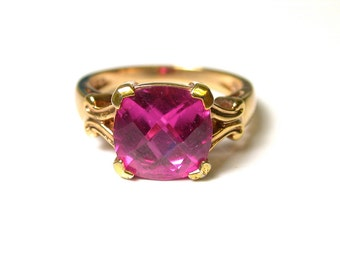 Vintage Gold Plated Pink Stone Ring - Sterling Silver with Gold Layer - Vermeil - Size 8 # 525
