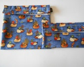 Duck print reusable snack and sandwich bag set