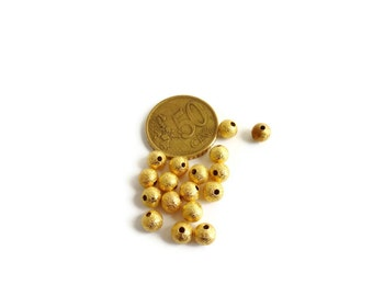 40 Pieces of 6mm Golden Plated Round Stardust Metal Bead