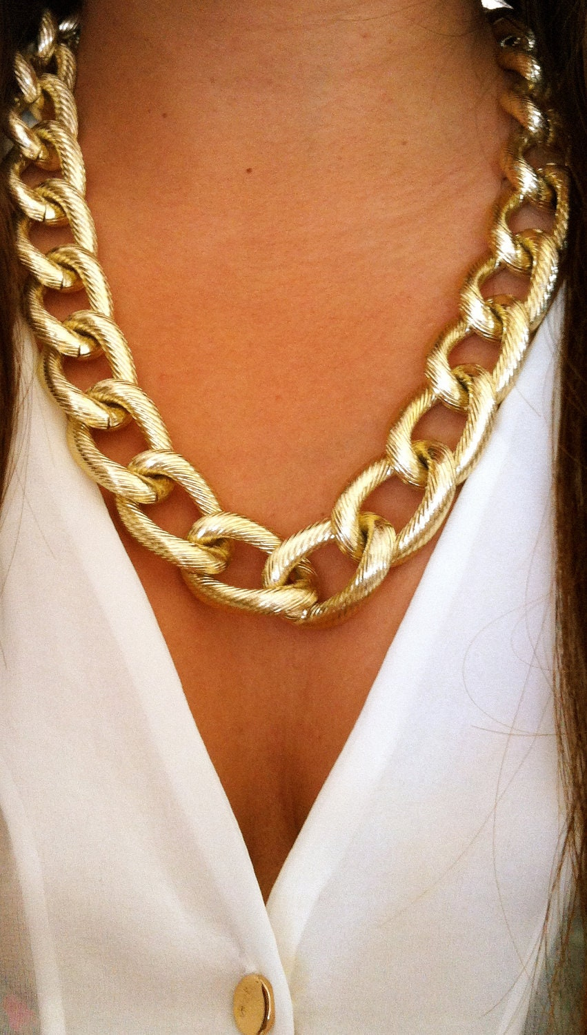 twisted gold chunky chain link necklace