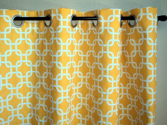 Geometric pattern curtains