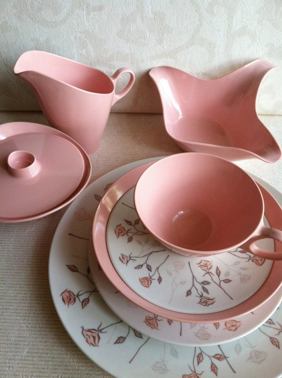 RESERVED for lilsocialbutterflies till 8/10  Retro Shabby Chic Pink Roses Melamine Dinnerware Service for Six Complete with Serving Ware