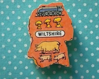 Wiltshire Brooch Wooden Puzzle piece Pin Badge UK