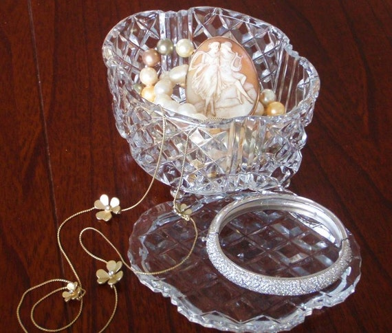 Vintage Crystal Jewlery  Box. Trinket Box. Ornate Retro, Opulent and a little bit (OK a lot) Quirky. Pristine Condition.