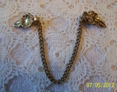 Vintage Sweater Clips-Gold toned Metal-Flower with Leaf, Alligator Clips and Chain-pretty