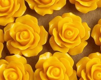 20 pc. Yellow Crisp Petal Rose Cabochons 18mm | RES-166