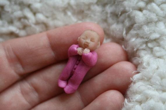 OOAK baby clay sculpt 3cm
