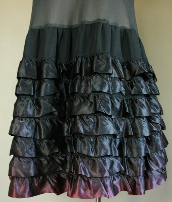 Vintage Sheer Black Drop Waist Flapper Dress Satin Tiers Ruffles Gothic Lolita Cupcake Sleeveless Slip Great Gatsby Crinoline