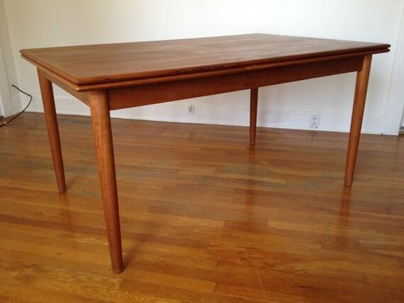 Mid Century Danish Extendable  Teak Dining Table By Borge Mogensen