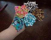 5 Duct Tape Flower Pens