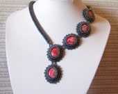 Flower Queen - Bead embroidery Necklace